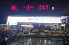 (已成交)民生桥底老水街美食城一楼180平临街夜宵餐饮铺