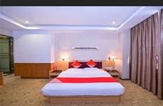 高新区黄金地段高新大道1900平68间客房的酒店转让