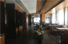 西乡塘高新区丰达路雅斯特酒店一楼100-900平临街铺面招租