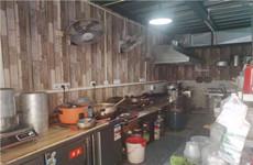 安吉万达附近青苹果广西味道美食街28平餐饮店带技术设备